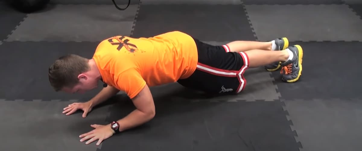 Plank tricep extension 3